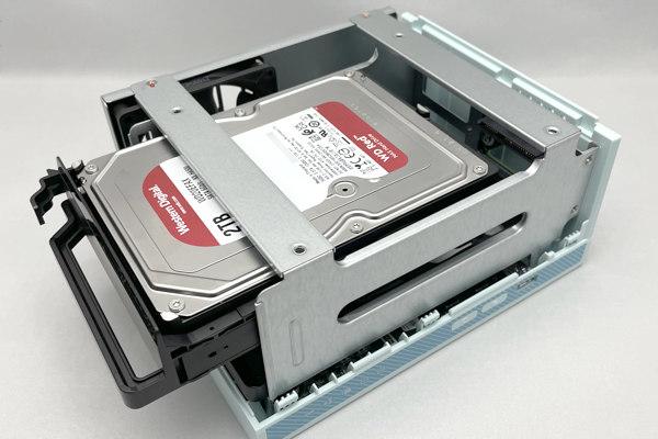 HDDを装着